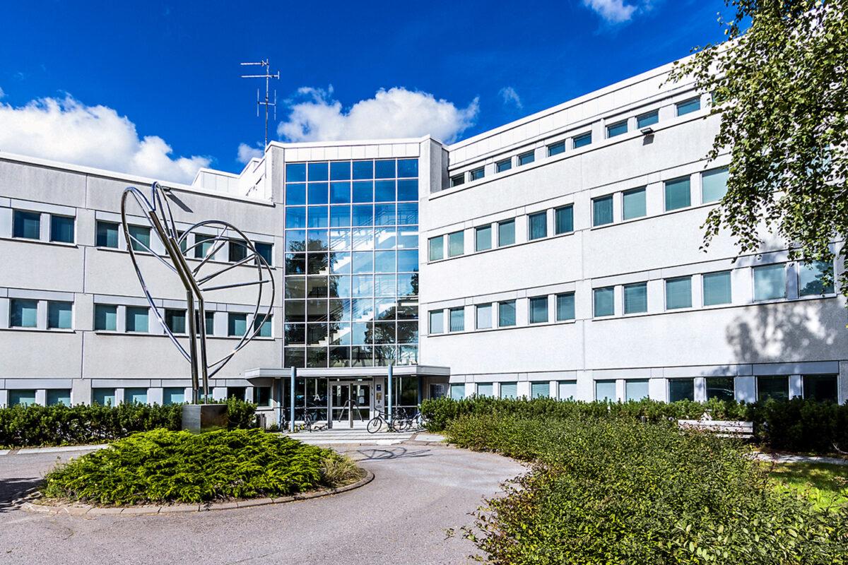 Sisäänkäynti   Vuokrattavat toimitilat Helsinki   Malminkaari 23 EAB Vuokrakohteet